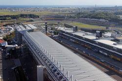 Una vista aérea del circuito y alrededores