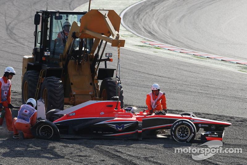Jules Bianchi, Marussia F1 Team MR02 se estrelló en el inicio de la carrera