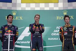 Podium: Sieger Sebastian Vettel, Red Bull Racing; 2. Mark Webber, Red Bull Racing; 3. Romain Grosjean, Lotus F1 Team