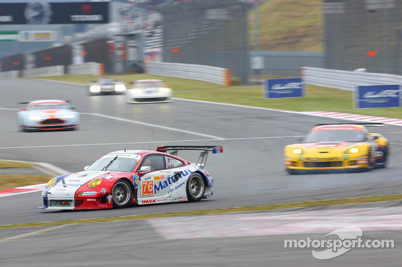 #76 IMSA Performance Matmut Prosche 911 GT3 RSR: Raymond Narac, Jean-Karl Vernay, Markus Palttala