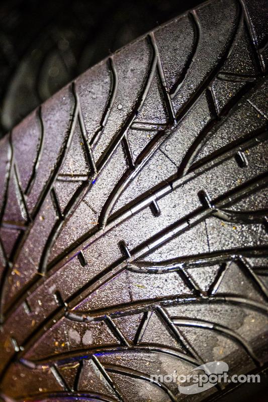 Chuva pneus