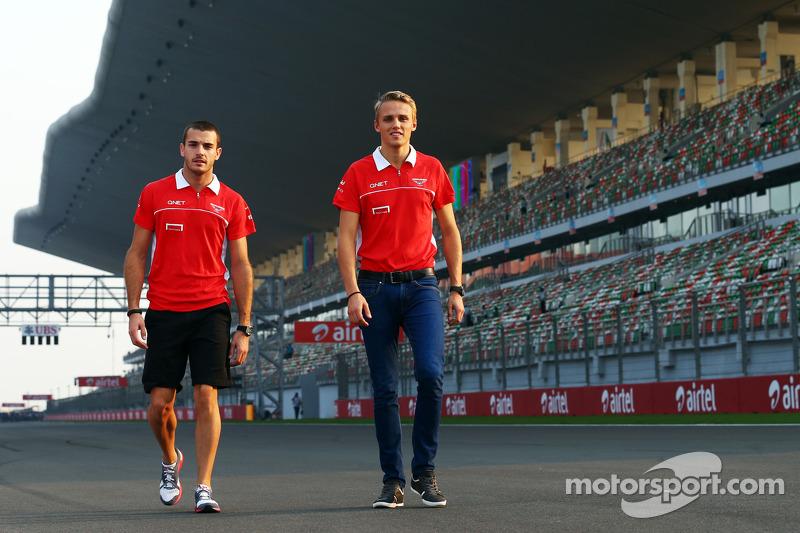 (L naar R): Jules Bianchi, Marussia F1 Team met Max Chilton, Marussia F1 Team