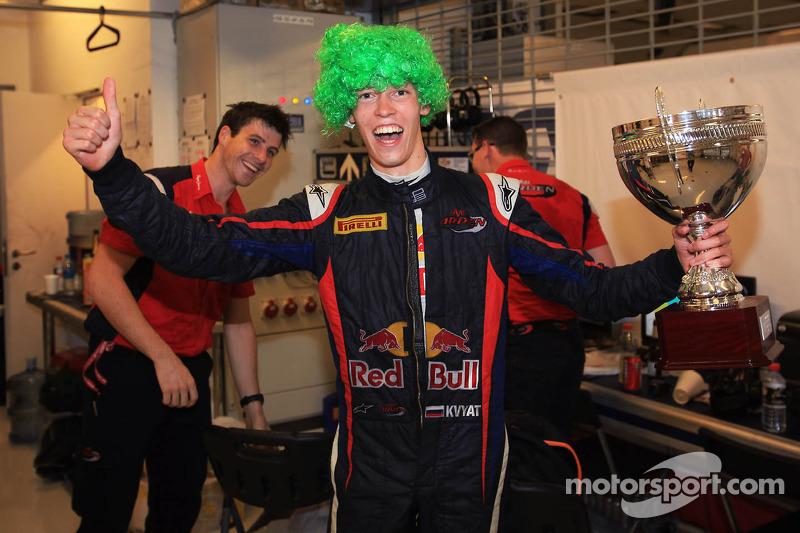 Контракт с Toro Rosso