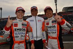 GT500 vencedores Kazuya Oshima, Yuji Kunimoto