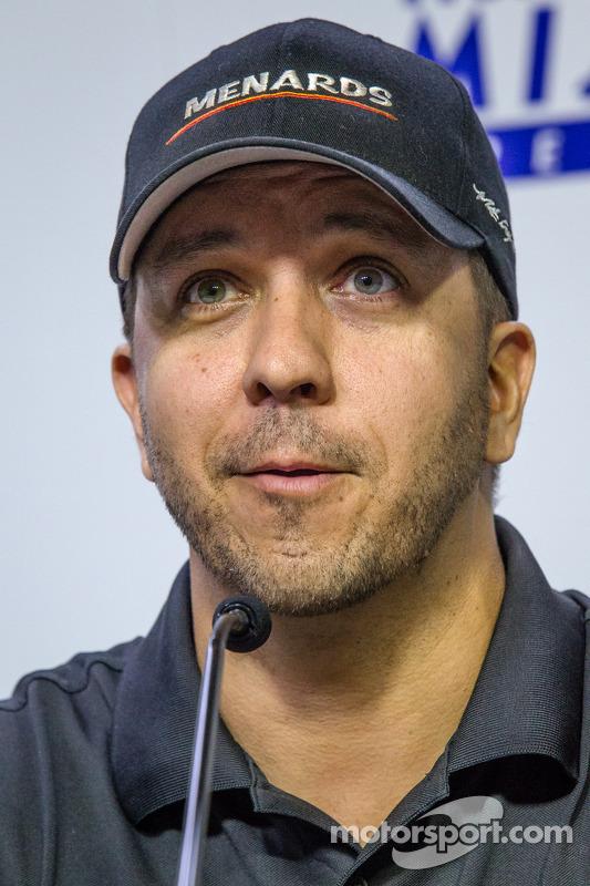 Coletiva de imprensa: piloto da NASCAR Camping World Truck Series, Matt Crafton