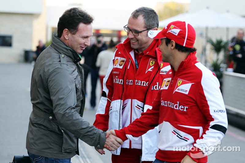 (L naar R): Christian Horner, Teambaas Red Bull Racing met Stefano Domenicali, Algemeen Directeur Fe