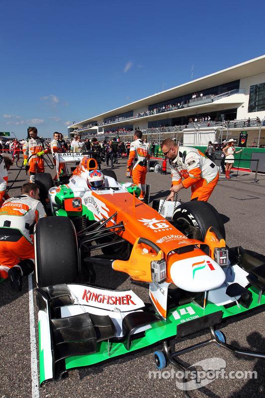 Paul di Resta, Sahara Force India VJM06 op de grid