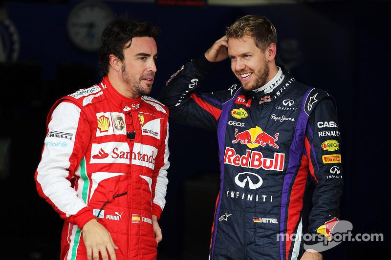 (L naar R): Fernando Alonso, Ferrari en polesitter Sebastian Vettel, Red Bull Racing in parc ferme