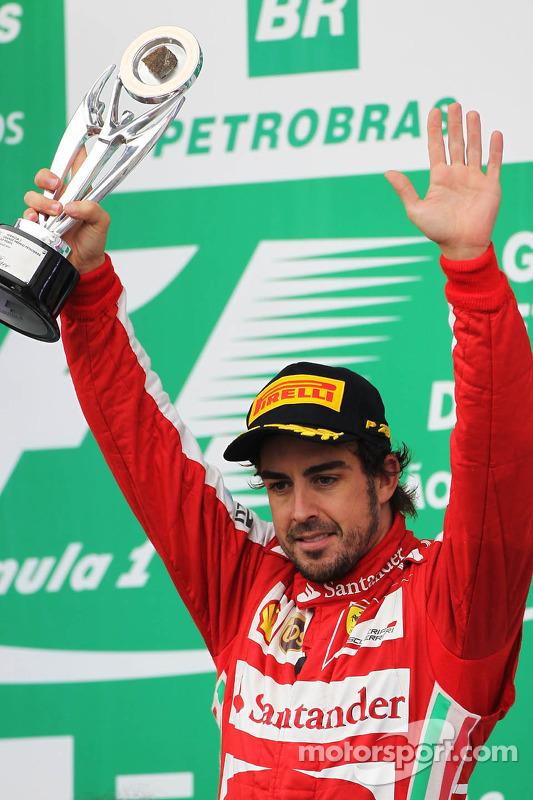 Fernando Alonso, Ferrari celebra a terceira posição no pódio