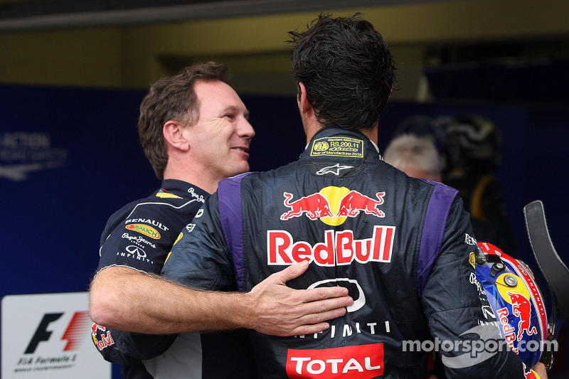 Christian Horner, Teambaas Red Bull Racing vieren het resultaat met Mark Webber, Red Bull Racing in