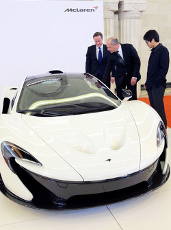 British Prime Minister David Cameron with Ron Dennis, McLaren