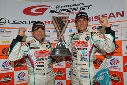 GT300 vencedores Nobuteru Taniguchi, Tatsuya Kataoka