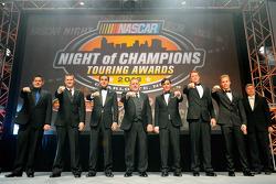 diversos NASCAR touring campeões