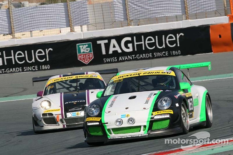 #163 Team Parker Racing 保时捷 997 Cup: 伊恩·洛吉, 克里斯·琼斯, Jules Westbrook, Richard Plant
