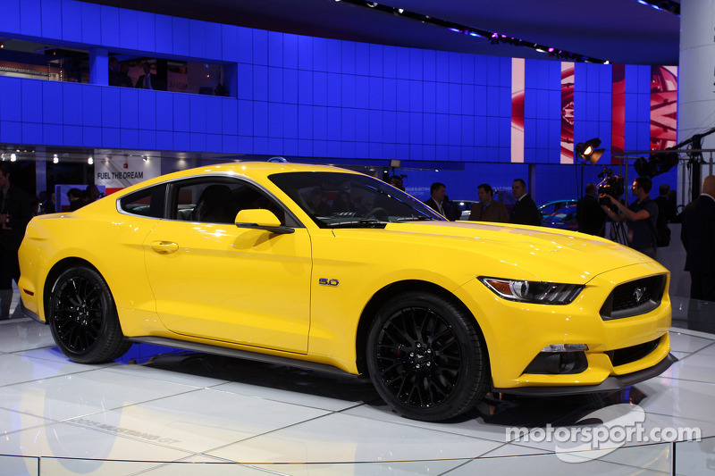 Ford Mustang MK6