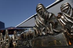 Los trofeos del Dakar