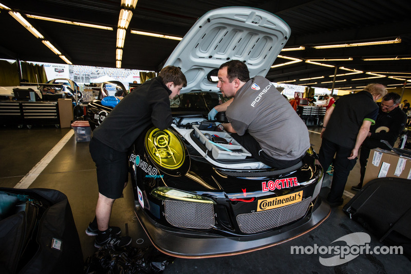 Dempsey Racing team members at work