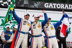 P class victory lane: class and overall winners Christian Fittipaldi, Joao Barbosa and Sébastien Bourdais