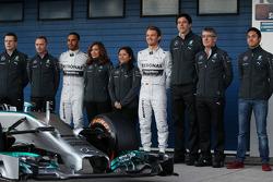 Paddy Lowe, Lewis Hamilton, Mercedes AMG F1, Nico Rosberg, Mercedes AMG F1, y Toto Wolff, Mercedes A