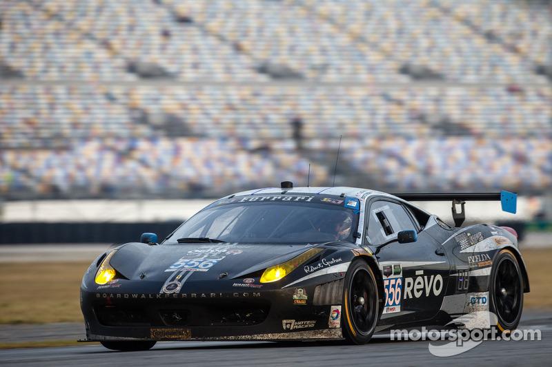 #556 Level 5 Motorsports 法拉利 458 Italia: 斯科特·塔克, 特里·博尔切勒, 迈克·拉马拉, 盖·科斯莫