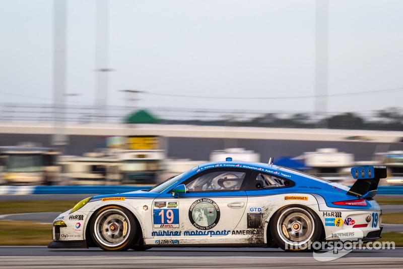 #19 Muehlner Motorsports America Porsche 911 GT America: Randy Pobst, Jim Michaelian, Bob Doyle, Robert Gewirtz, Mark Kvamme