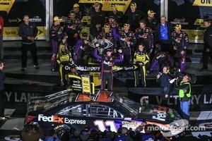 Denny Hamlin, Joe Gibbs Racing Toyota celebrates