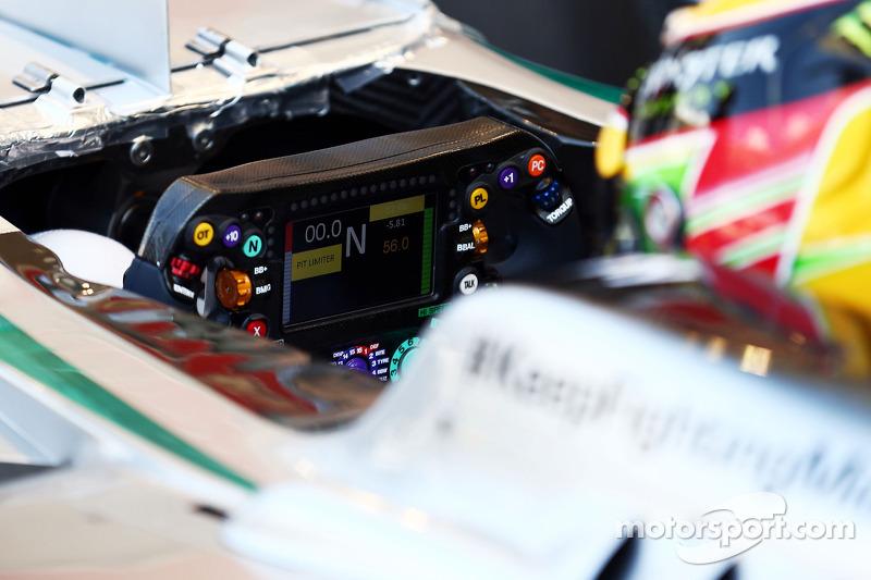 Lewis Hamilton, Mercedes AMG F1 W05 volante