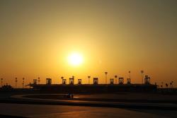Sonnenuntergang über der Strecke