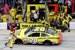 Trouble in the pits for Matt Kenseth, Joe Gibbs Racing Toyota