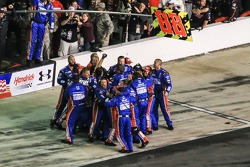 Dale Earnhardt Jr., Hendrick Motorsports team celebrates