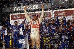 比赛获胜者 Dale Earnhardt Jr., Hendrick 雪佛兰车队