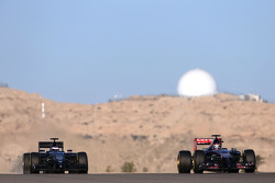 Jean-Eric Vergne, Scuderia Toro Rosso  and Valtteri Bottas, Williams F1 Team