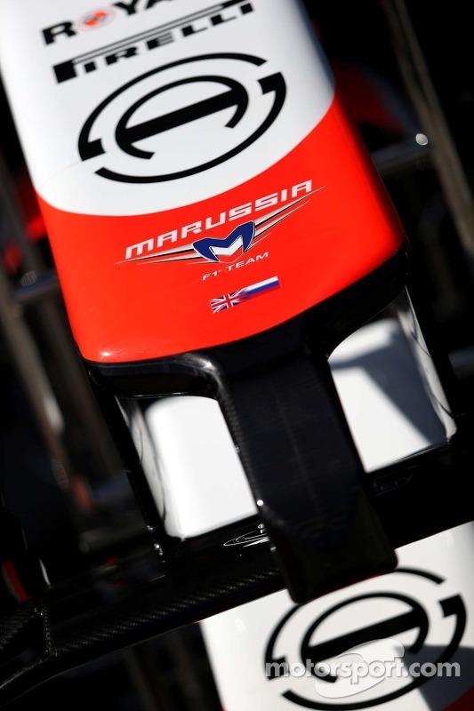 Marussia F1 Team; asa dianteira