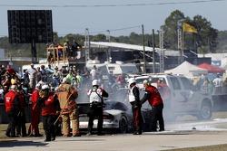 Problemi per la # 33 Riley Motorsports SRT Viper GT3-R: Ben Keating, Jeroen Bleekemolen, Sebastiaan