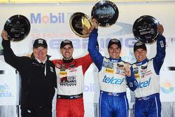 Overall podium: winners Marino Franchitti, Memo Rojas, Scott Pruett with Chip Ganassi