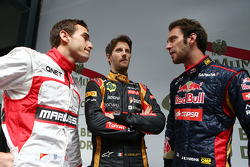 (Da sinistra a destra): Jules Bianchi, Marussia F1 Team con Romain Grosjean, Lotus F1 Team e Jean-Eric Vergne, Scuderia Toro Rosso
