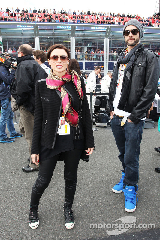 Dannii Minogue ve erkek arkadaşı Adrian Newman gridde