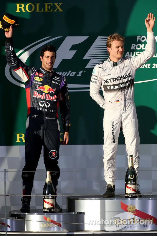 Daniel Ricciardo, Red Bull Racing and Nico Rosberg, Mercedes AMG F1 Team