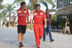 (Soldan Sağa): Fernando Alonso, Ferrari ve Fabrizio Borra, Fizyoterapisti