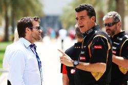 (Esquerda para direita): Dave Robertson, agente de pilotos, com Federico Gastaldi, diretor da Lotus F1 Team