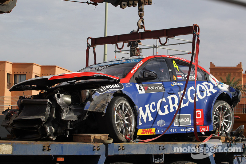 Kaza, Tom Coronel, Cevrolet RML Cruze TC1, Roal Motorsport