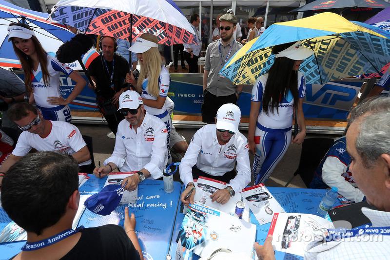 (L-R) Sébastien Loeb, Citroën C-Elysee WTCC, Citroën Total WTCC, Yvan Muller, Citroën C-Elysee WTCC,