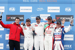 Podium: race winner Yvan Muller, Citroën C-Elysee WTCC, Citroën Total WTCC, second place Sébastien Loeb, Citroën C-Elysee WTCC, Citroën Total WTCC, third place Gabriele Tarquini, Honda Civic WTCC, Castrol Honda WTCC Team and firs place Yokohama Trophy Fra