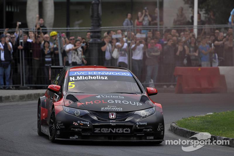 布达佩斯城市路演, 诺伯特·米切利斯, 本田思域 WTCC, Zengo Motorsport