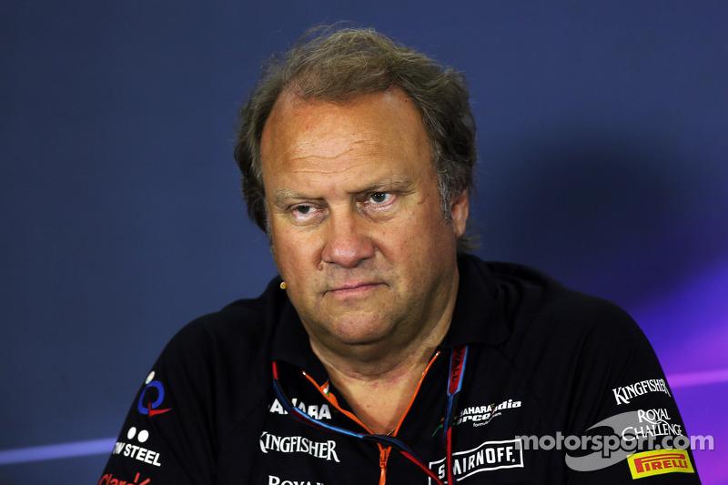 Robert Fernley, Sahara Force India F1 Team Equipo Adjunto Principal en la Conferencia de prensa de l