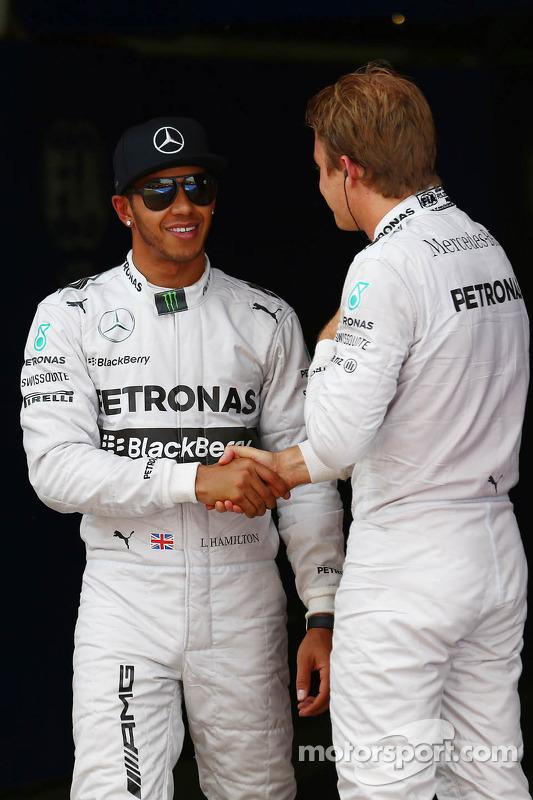 Pole para Lewis Hamilton, Mercedes AMG F1 and segundo para Nico Rosberg, Mercedes AMG F1 W05