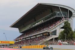 Lewis Hamilton, Mercedes AMG F1 W05 formasyon turunda