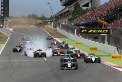Yarışın startında, Lewis Hamilton, Mercedes AMG F1 Takımı