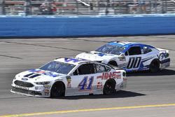 Kurt Busch, Stewart-Haas Racing, Ford Fusion Mobil 1/Haas Automation and Jeffrey Earnhardt, StarCom Racing, Chevrolet Camaro VRX SIMULATORS