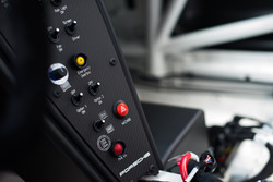 Comandi della Porsche 911 GT3 Cup del team AB Racing